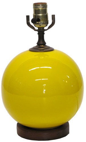 Incroyable Vintage 1960s Yellow Round Table Lamp With Teak Base