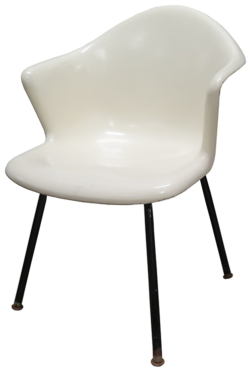 Stupendous Eames Herman Miller 60S White Fiberglass Shell Chair Ocoug Best Dining Table And Chair Ideas Images Ocougorg